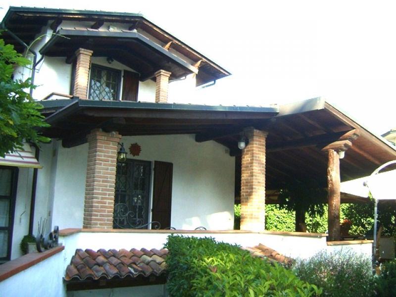 Villa singola for Case arredate in affitto a garlasco