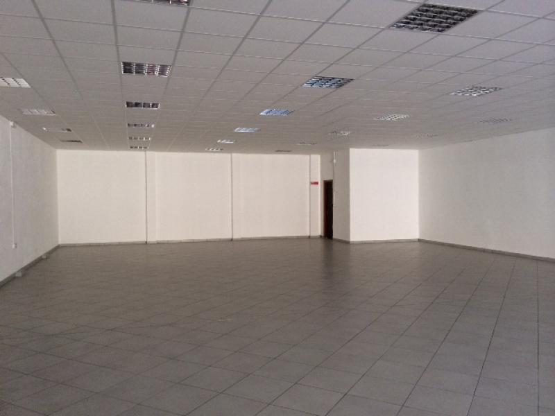 Affitto locali commerciali a gioia tauro rc for Affitto commerciale