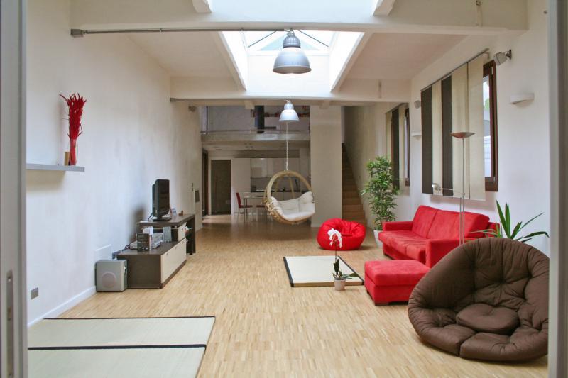 Annunci immobiliari gratuiti provincia di torino for Foto di loft arredati