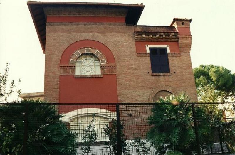 Villa epoca affittasi montesacro citta giardino categ a10 - Casa con giardino roma ...