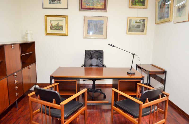Stanza Ufficio Firenze : Bari fittasi stanza ufficio in studio professionale
