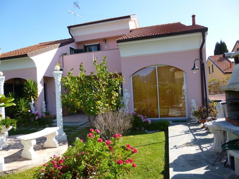 Villa Bifamiliare Affitto Garlenda