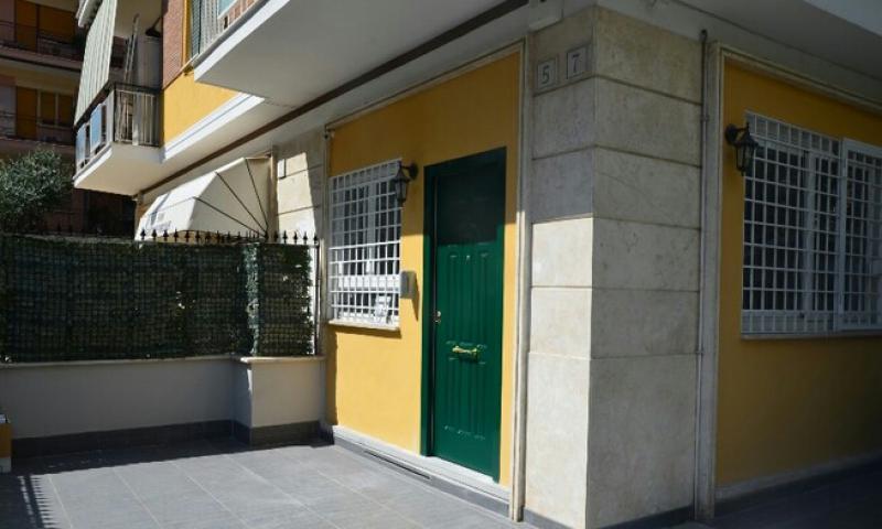 Ottimo anche per studi professionali for Vendesi appartamento a roma